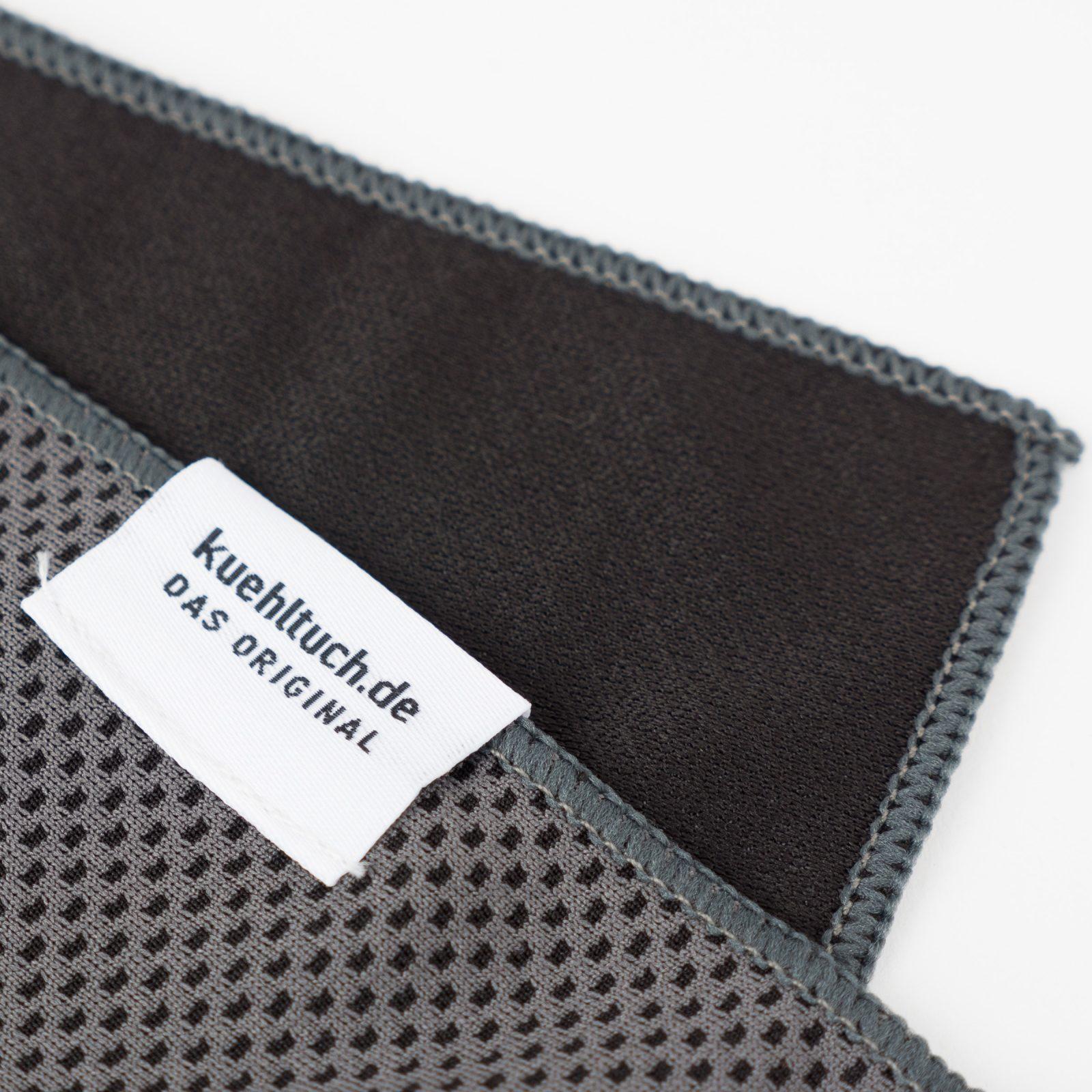 Kuehltuch grau Label